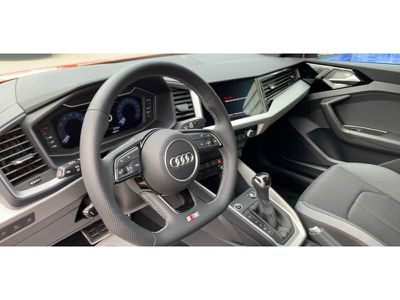 AUDI A1 CITYCARVER 30 TFSI 116 CH S TRONIC 7 EDITION ONE - Miniature 4