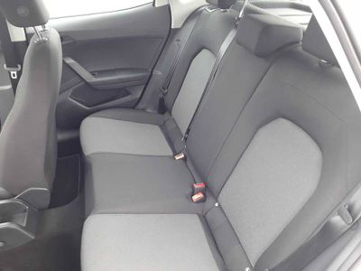 SEAT ARONA 1.0 ECOTSI 95 CH START/STOP BVM5 RéFERENCE - Miniature 5