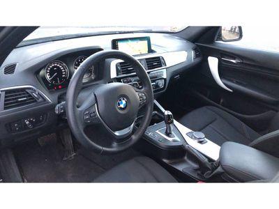 BMW SERIE 1 118I 136 CH BVA8 URBAN CHIC - Miniature 4