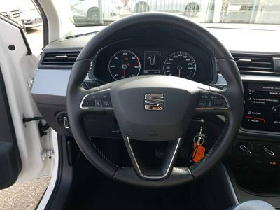SEAT ARONA 1.6 TDI 95 CH START/STOP BVM5 URBAN - Miniature 4