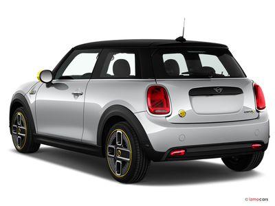 Miniature de la MINI MINI MINI ELECTRIC COLLECTION 2021 MINI COOPER SE 184 CH 3 PORTES à motorisation ELECTRIQUE et boite AUTOMATIQUE de couleur NOIR - Miniature 2