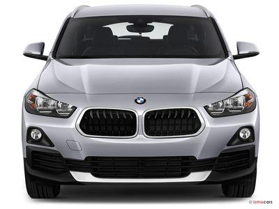 Miniature de la BMW X2 M SPORT X X2 SDRIVE 20I 192 CH DKG7 5 PORTES à motorisation ESSENCE et boite AUTOMATIQUE de couleur BLANC - Miniature 3