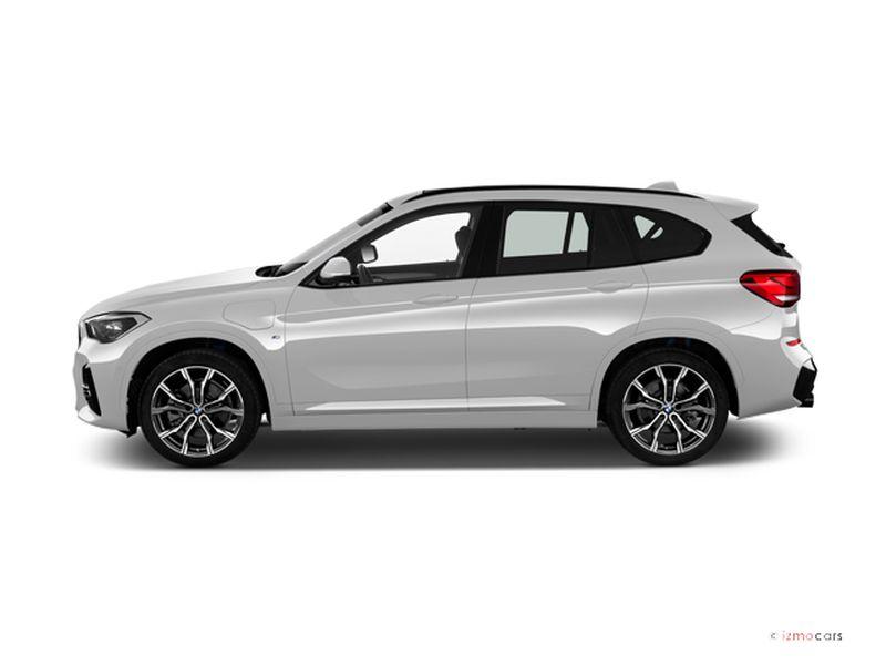 Photo de la BMW X1 XLINE X1 XDRIVE 25E 220 CH BVA6 5 PORTES à motorisation HYBRIDE RECHARGEABLE et boite AUTOMATIQUE de couleur BLANC - Photo 1