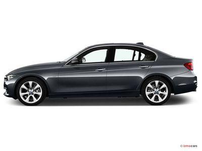 Miniature de la BMW SERIE 3 EDITION SPORT 318D 150 CH 4 PORTES à motorisation DIESEL et boite MANUELLE de couleur BLANC - Miniature 5