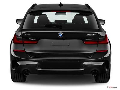 Miniature de la BMW SERIE 3 TOURING LOUNGE TOURING 330E XDRIVE 292 CH BVA8 5 PORTES à motorisation HYBRIDE RECHARGEABLE et boite AUTOMATIQUE de couleur NOIR - Miniature 4