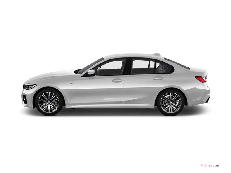 Photo de la BMW SERIE 3 M SPORT 330E 292 CH BVA8 4 PORTES à motorisation HYBRIDE RECHARGEABLE et boite AUTOMATIQUE de couleur BLANC - Photo 1