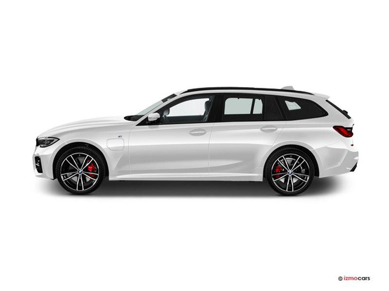 Photo de la BMW SERIE 3 TOURING M SPORT TOURING 320E 204 CH BVA8 5 PORTES à motorisation HYBRIDE RECHARGEABLE et boite AUTOMATIQUE de couleur BLANC - Photo 1