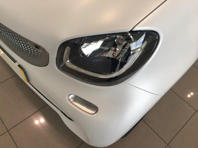 SMART FORTWO COUPE 71CH PASSION - Miniature 3