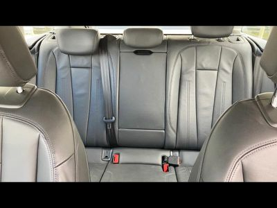 AUDI A4 AVANT 2.0 TDI 150CH DESIGN LUXE S TRONIC 7 - Miniature 5