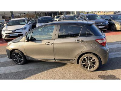 TOYOTA YARIS HSD 100H COLLECTION 5P - Miniature 4