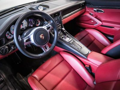 PORSCHE 911 (991) COUPE TURBO S - Miniature 4