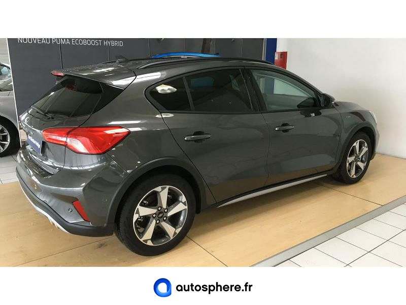 FORD FOCUS ACTIVE ECOBOOST 125 - Miniature 2