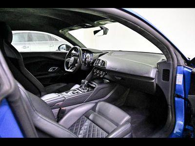 AUDI R8 5.2 V10 FSI 620CH PERFORMANCE QUATTRO S TRONIC 7 - Miniature 3