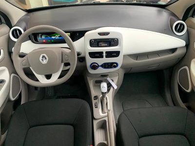 RENAULT ZOE LIFE CHARGE NORMALE R90 2019 GTIE 1 AN - Miniature 4