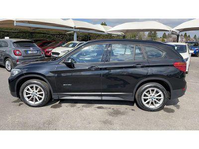 BMW X1 SDRIVE18DA 150CH LOUNGE - Miniature 3