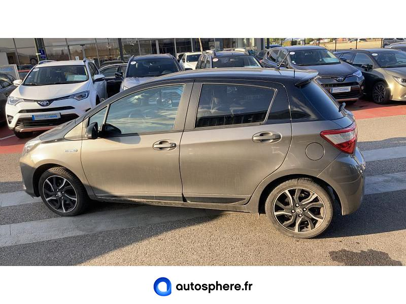 TOYOTA YARIS 100H COLLECTION 5P - Miniature 3