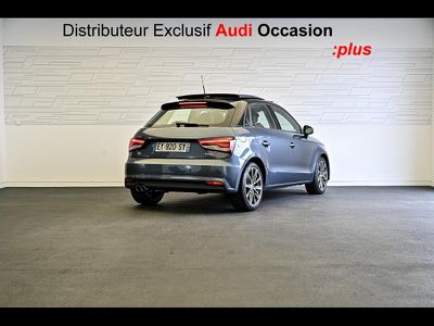 AUDI A1 SPORTBACK 1.4 TFSI 125CH AMBITION LUXE S TRONIC 7 - Miniature 2