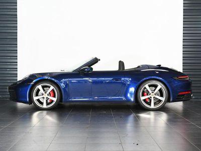 PORSCHE 911 CABRIOLET 3.0 450CH S - Miniature 2