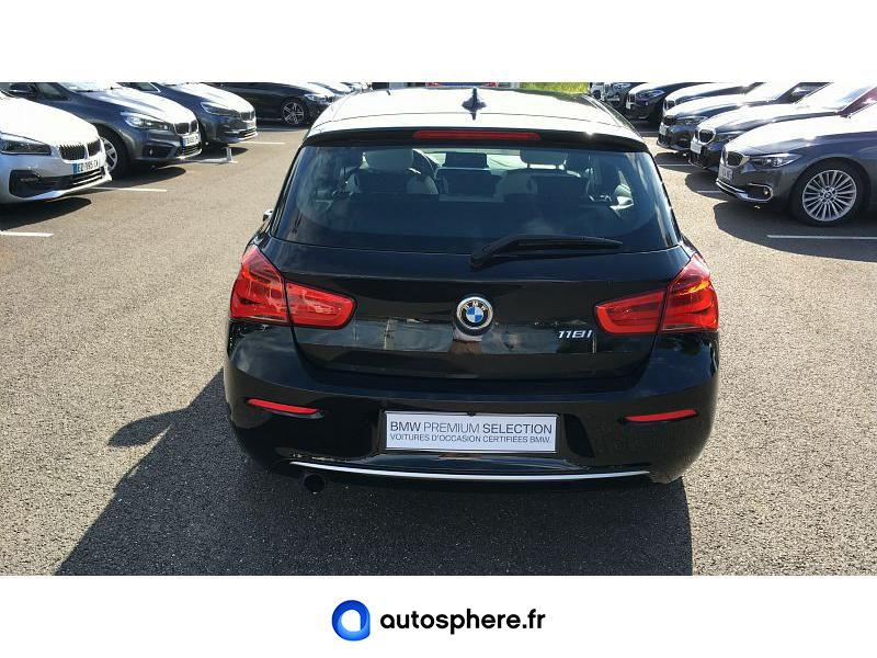 BMW SERIE 1 118IA 136CH URBANCHIC 5P - Miniature 4