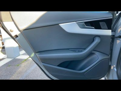 AUDI A4 AVANT 35 TFSI 150CH S LINE S TRONIC 7 - Miniature 5
